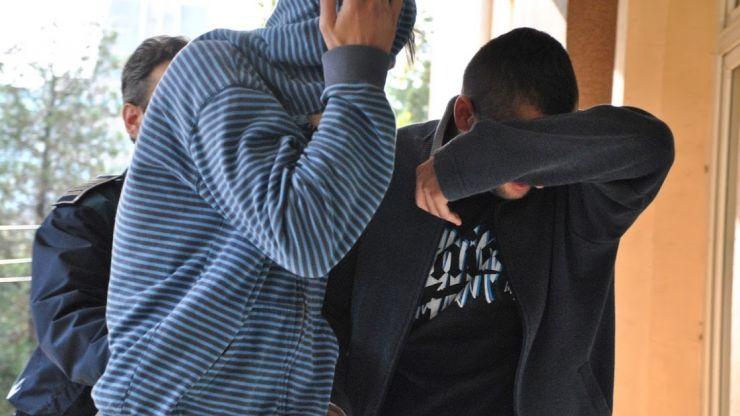 Doi tineri, dintre care unul minor, au dosare penale pentru furtul unor plăci de aluminiu