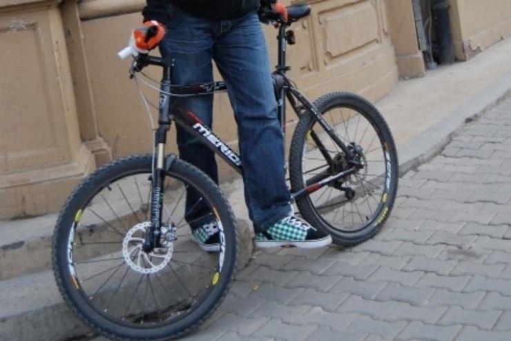 A furat banii de buzunar și bicicleta unui ardudean. Polițiștii l-au prins la scurt timp