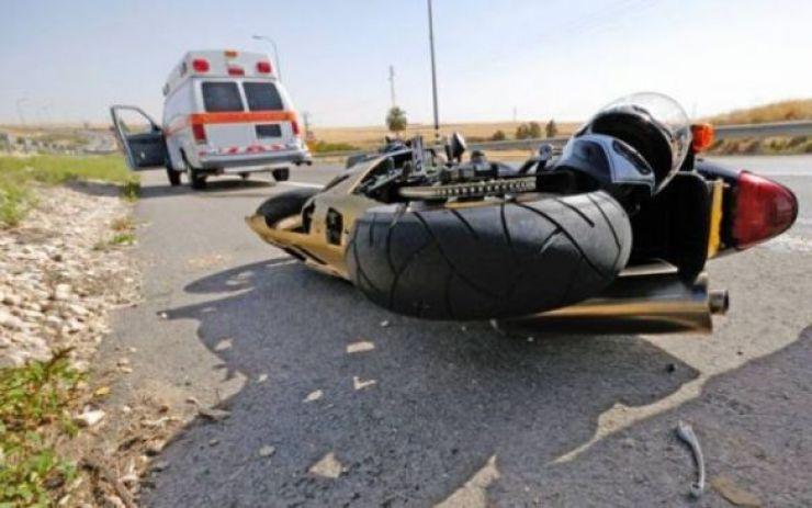 Motociclist rănit grav, în urma unui eveniment rutier produs lângă Căuaș