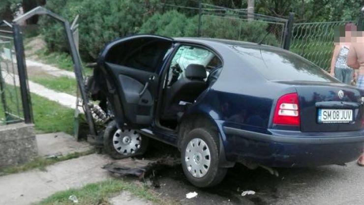 Anchetă după ce o mașină a Poliției a fost implicată într-un accident rutier la Moftinu Mic