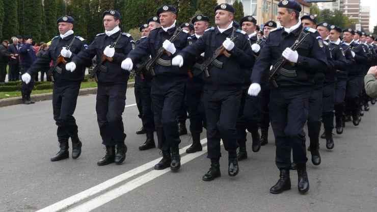 Jandarmii sătmăreni, la datorie de Ziua Unirii Principatelor