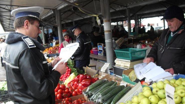 Peste 26.000 kg de legume și fructe, confiscate