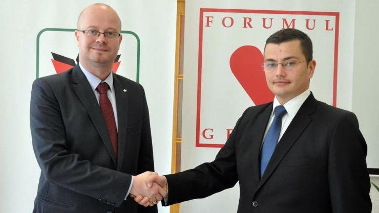 Protocol. UDMR şi FDG şi-au dat mâna la Satu Mare în alegerile locale