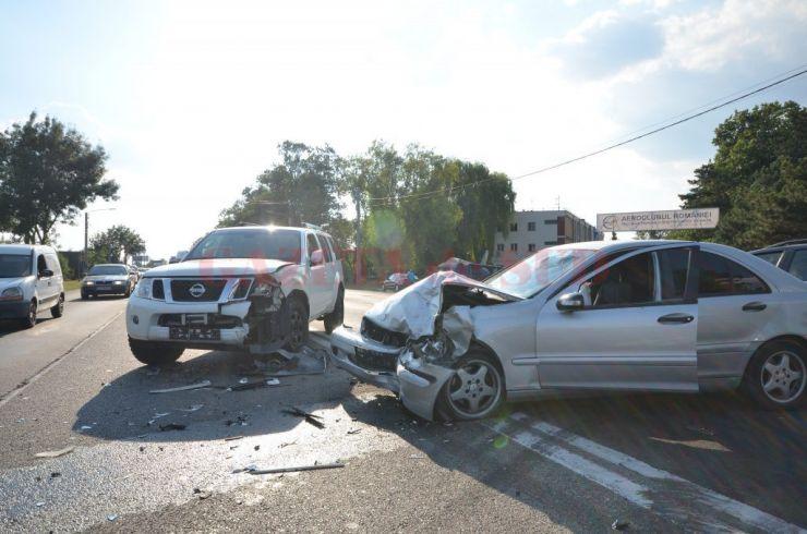 Accident rutier în Cămârzana. O tânără a fost rănită