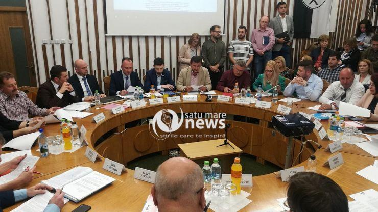 Consilierii locali, convocați la o ședință extraordinară