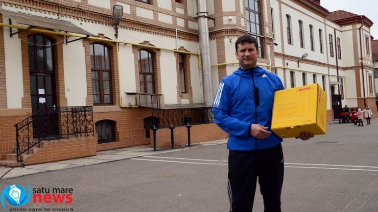 """""""DHL livrează rugby"""" în școlile din Satu Mare"""