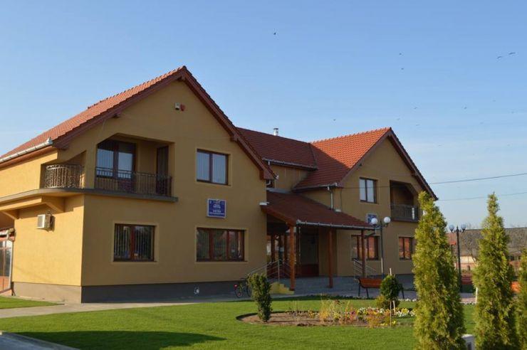 Transparență | Află investițiile realizate de primarul Iuliu Ilyes în comuna Vetiș