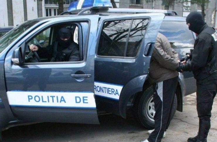 Mașină căutată de autorităţile cehe, oprită la Vama Petea