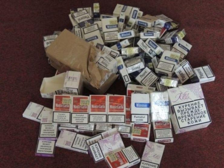 Ucraineancă prinsă cu țigări de contrabandă