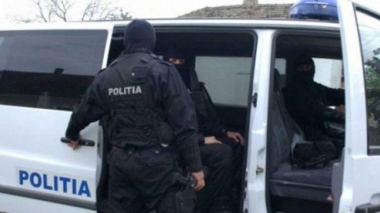 Bărbat condamnat pentru înșelăciune, prins și încarcerat în Penitenciar