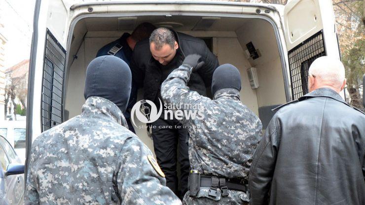 A început procesul | Răzvan Rentea, presupusul autor al triplei crime de la Apa, pledează nevinovat
