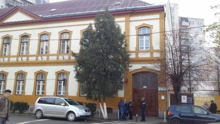 """Conducerea Liceului Ortodox """"Nicolae Steinhard"""" a retras cererea de fuziune cu Școala Brâncoveanu"""