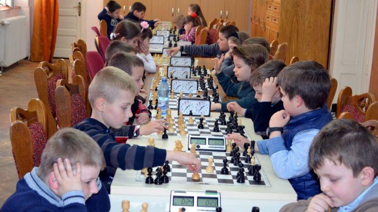 Cupa Moș Nicolae la șah, sâmbătă, la Casa de Cultură GM Zamfirescu