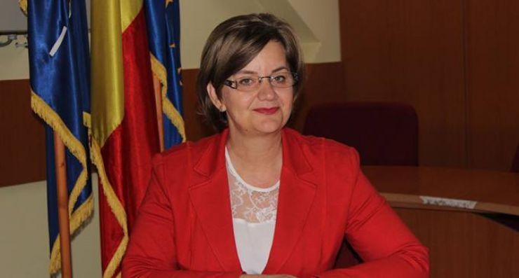 Primarul orașului Negrești Oaș, Aurelia Fedorca, chemă Apaserv la raport în ședință extraordinară de consiliu local