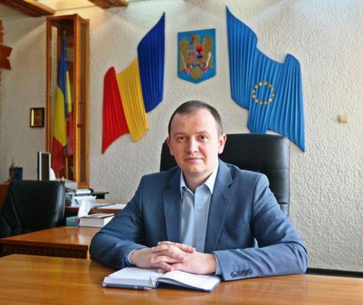 """Prefectul Filip: """"Primarul a încercat să instige un grup de cetățeni de bună credință din zona Bercu să vină să facă scandal la Prefectură"""""""