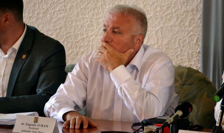 La o săptămână după acuzațiile DNA, prefectul Eugeniu Avram își spune punctul de vedere