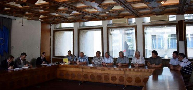 Primarul comunei Botiz, reclamat la prefect de nouă consilieri locali