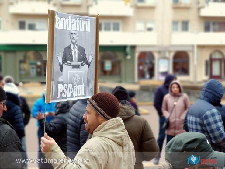 100 de persoane au protestat la Satu Mare împotriva OUG pe Legile Justiției