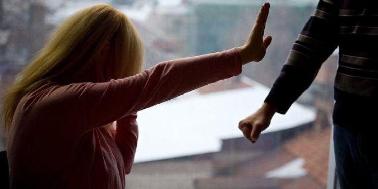 O femeie din Păulești a fost agresată de soțul ei. Față de soț, polițiștii au emis ordin de protecție provizoriu