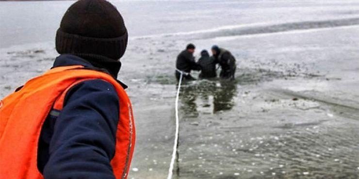 """Tânăr găsit înecat în pârâul """"Valea Cehalului"""""""