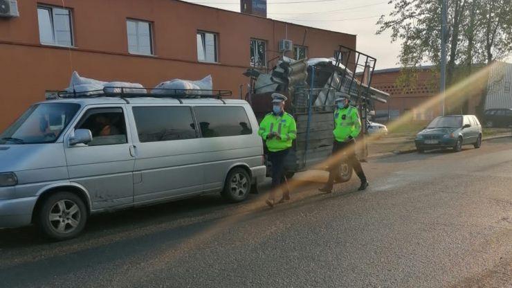 Acțiune a polițiștilor pe strada Magnoliei. Au fost aplicate 23 de amenzi