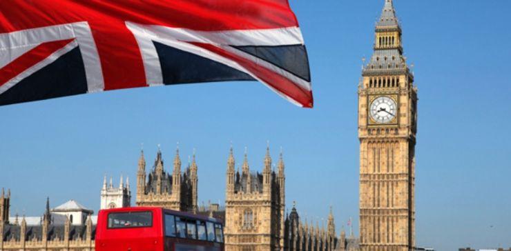 Începând de azi, carantină pentru persoanele care intră în Marea Britanie