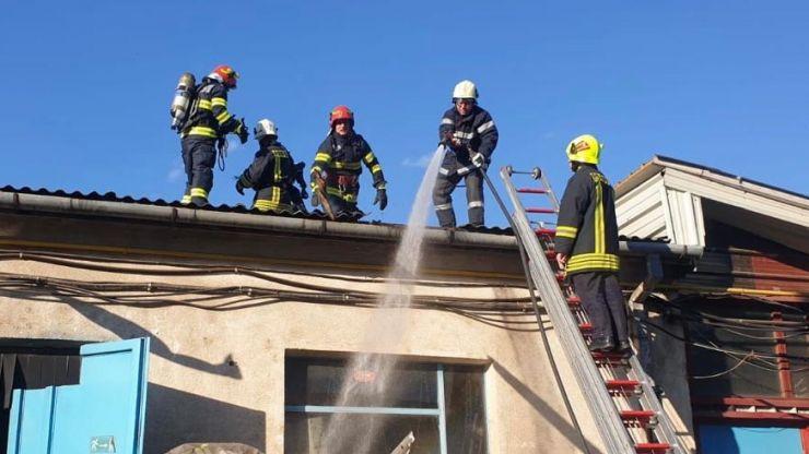Incendiu la o firmă din municipiul Satu Mare