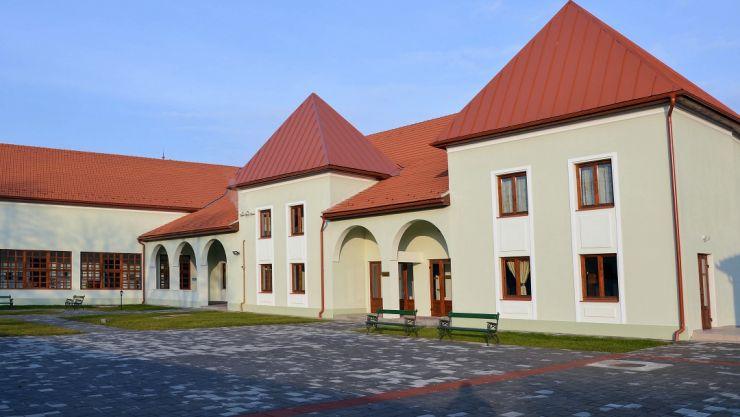 Centrul Cultural Carei reia cursurile pentru tineri