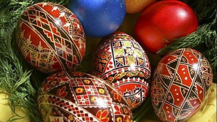 Primarul comunei Pișcolt vă dorește Paște Fericit alături de cei dragi