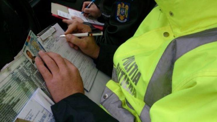 Polițiștii au aplicat amenzi de peste 7 milioane de lei în fiecare lună a anului trecut