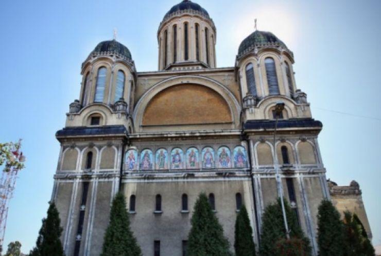 """Lansare de carte și recital susținut de Grigore Leșe, duminică, la Catedrala """"Adormirea Maicii Domnului"""" din Satu Mare"""