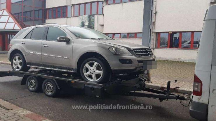 FOTO | Mercedes căutat de autoritățile din Belgia, descoperit de polițiștii de frontieră