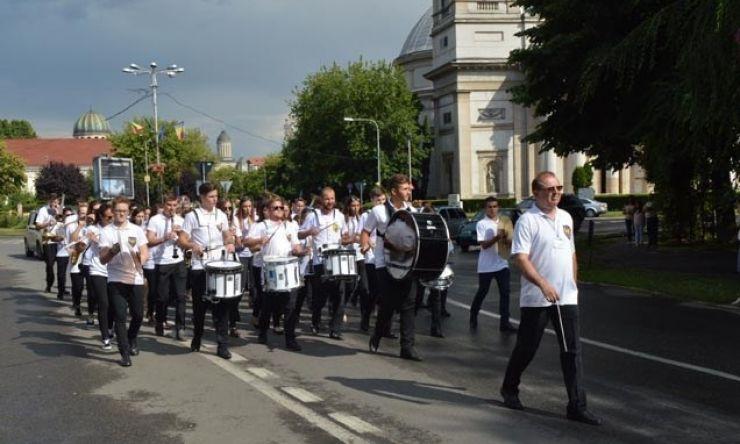 Invitați din România și Serbia, la cea de-a doua ediție a Festivalului Internațional al Fanfarelor