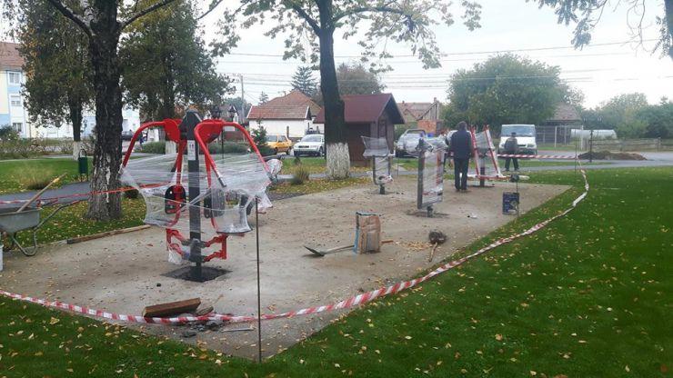 Parcul din centrul comunei Odoreu, dotat cu aparate de fitness
