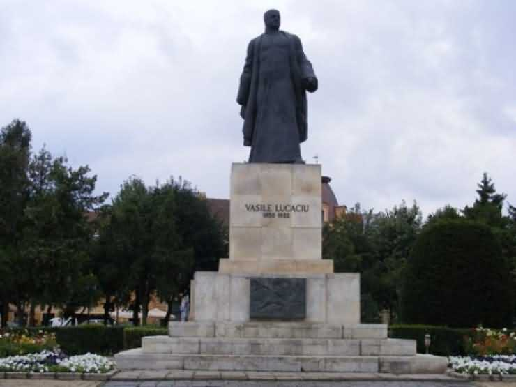 Statuia Vasile Lucaciu va fi reabilitată