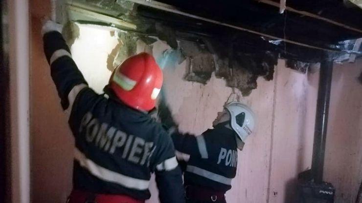 Incendiu la o casă de locuit din Terebești