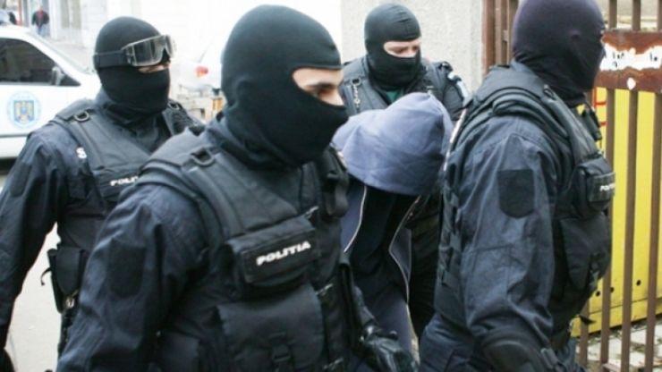 Persoane bănuite de furt, identificate de polițiștii sătmăreni