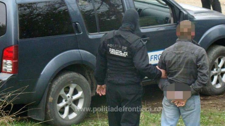 Un bărbat, de 44 de ani, condamnat la închisoare, oprit în Vama Petea