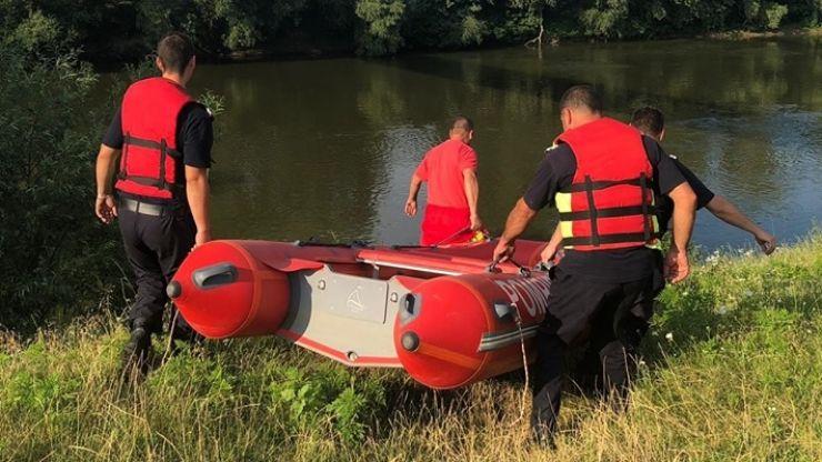 Copil dispărut în apele Someșului. Trupul copilului, de negăsit. Pompierii reiau căutările mâine dimineață