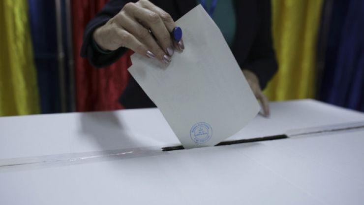 Guvernul Orban își angajează răspunderea pentru alegerea primarilor din două tururi