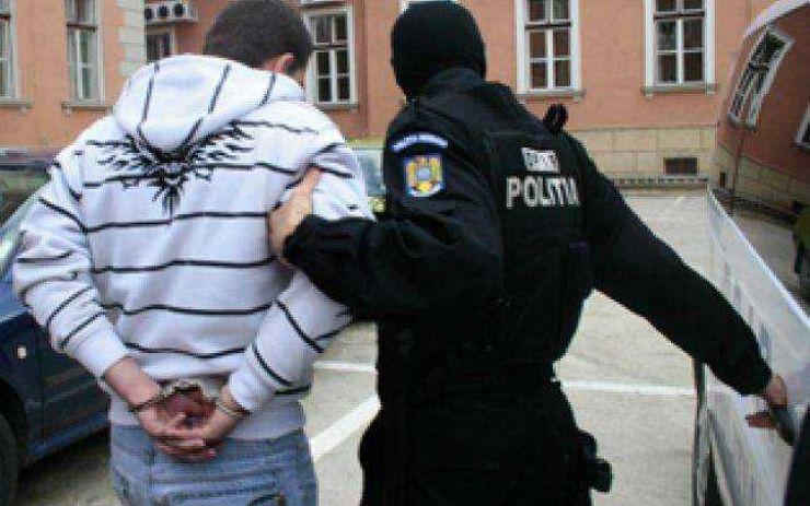 Sătmărean, de 46 de ani, cu mandat de executare, prins și încarcerat
