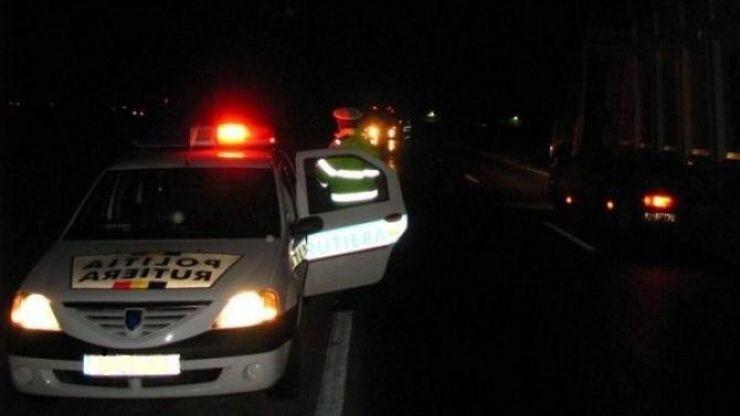 """Minor prins la volan de polițiști în timp ce se plimba """"liniștit"""" pe un drum național"""