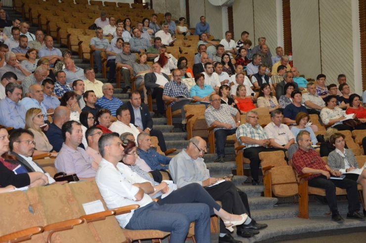 Primarii din județ au participat la o întâlnire de lucru pe tema urbanism și amenajarea teritoriului