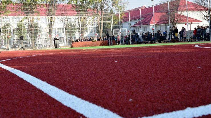 Școala generală nr. 10 deține cea mai modernă bază sportivă din municipiul Satu Mare