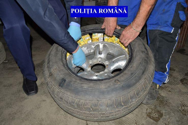 Zeci de mii de țigări de contrabandă ridicate de polițiști