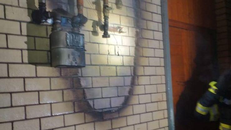 Incendiu în Gara Satu Mare. O conductă de gaz a luat foc