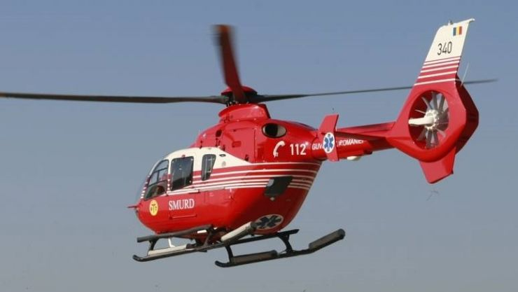 Una dintre victimele implicate în accidentul din Certeze, transportată cu elicopterul SMURD la Baia Mare