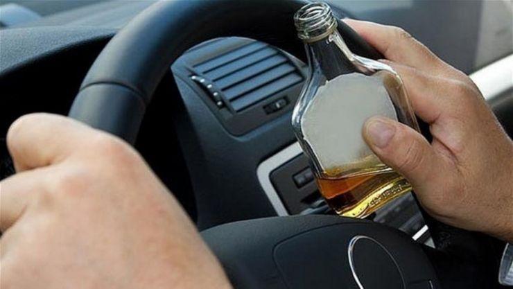 Dosar penal pentru un șofer băut